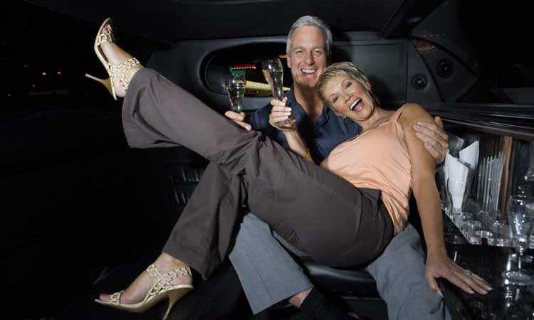 Airport Transfer Houston - Anniversary Transportation